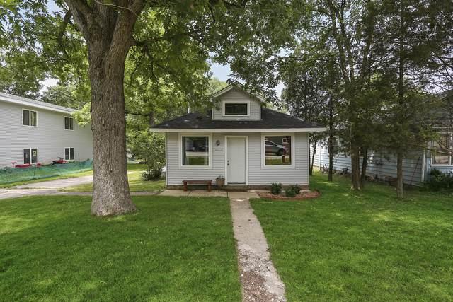 6N950 Maple Avenue, St. Charles, IL 60174 (MLS #10776479) :: Helen Oliveri Real Estate
