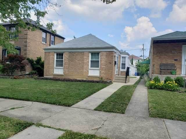 6135 N Kedvale Avenue, Chicago, IL 60646 (MLS #10776490) :: Littlefield Group