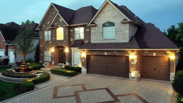 25915 Meadowland Circle, Plainfield, IL 60544 (MLS #10776868) :: Lewke Partners