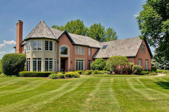 16 Pembury Way, South Barrington, IL 60010 (MLS #10776911) :: Littlefield Group