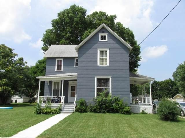 1011 5th Avenue, Sterling, IL 61081 (MLS #10777329) :: Helen Oliveri Real Estate