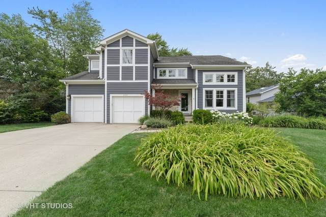 2136 Ash Lane, Northbrook, IL 60062 (MLS #10777403) :: Helen Oliveri Real Estate
