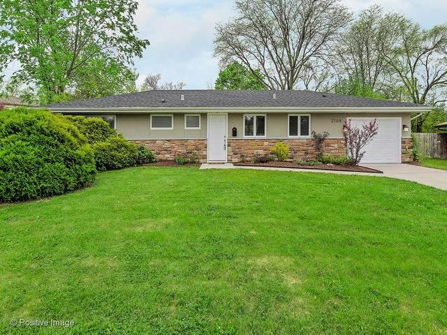 2108 Paddock Lane, Wheaton, IL 60187 (MLS #10777497) :: Property Consultants Realty
