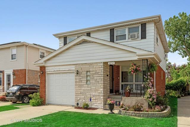 6232 W Belle Plaine Avenue, Chicago, IL 60634 (MLS #10777674) :: Property Consultants Realty