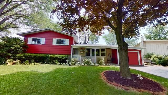 5701 Primrose Avenue, Lisle, IL 60532 (MLS #10777711) :: Ryan Dallas Real Estate