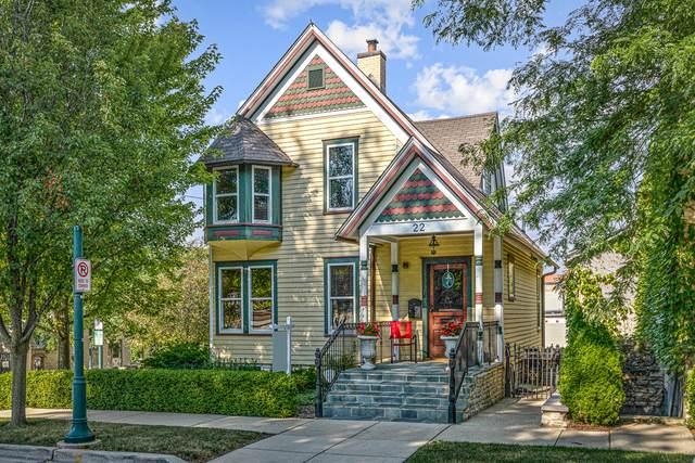 22 4th Street, St. Charles, IL 60174 (MLS #10778020) :: Helen Oliveri Real Estate