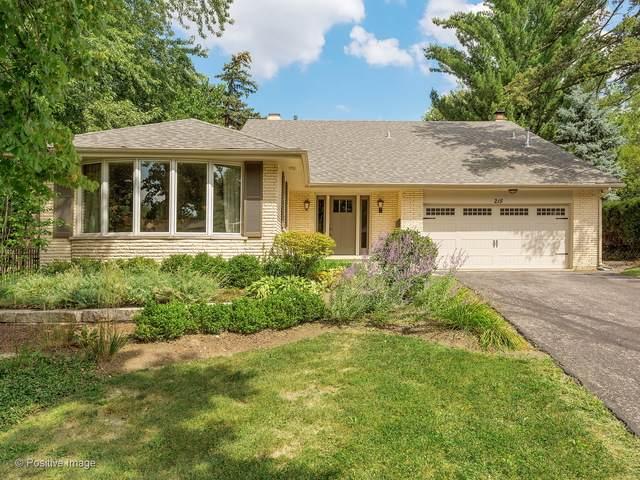215 S Prospect Avenue, Clarendon Hills, IL 60514 (MLS #10778194) :: Lewke Partners