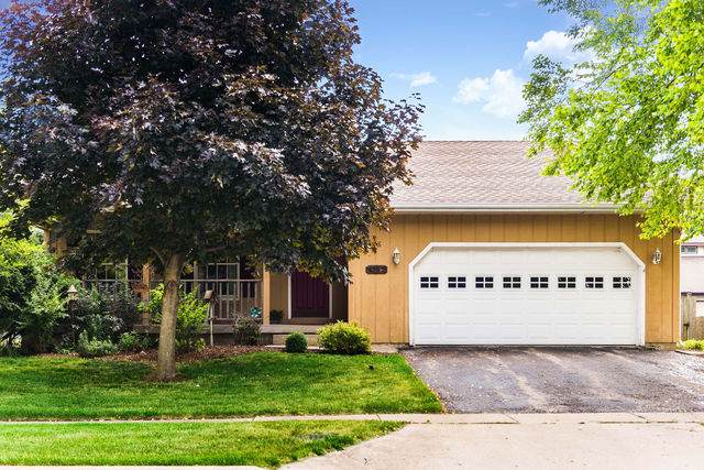 1620 Longwood Drive, Sycamore, IL 60178 (MLS #10778693) :: John Lyons Real Estate
