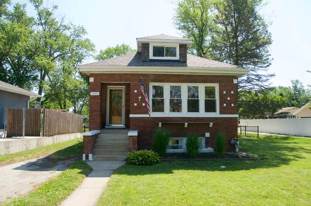 4523 Fairview Avenue, Downers Grove, IL 60515 (MLS #10778794) :: The Wexler Group at Keller Williams Preferred Realty