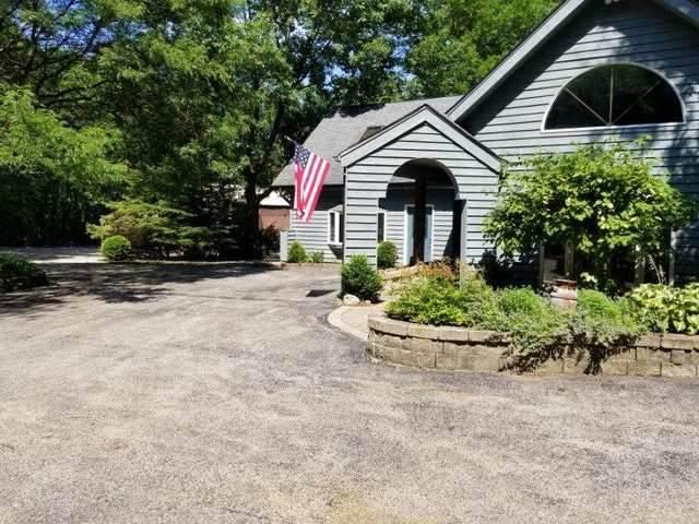 3402 Overlook Drive, Richmond, IL 60071 (MLS #10778937) :: Helen Oliveri Real Estate