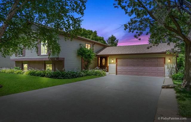5304 Abbey Drive, Mchenry, IL 60050 (MLS #10778966) :: Ani Real Estate