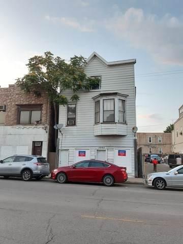 3042 W Belmont Avenue, Chicago, IL 60618 (MLS #10779115) :: The Mattz Mega Group
