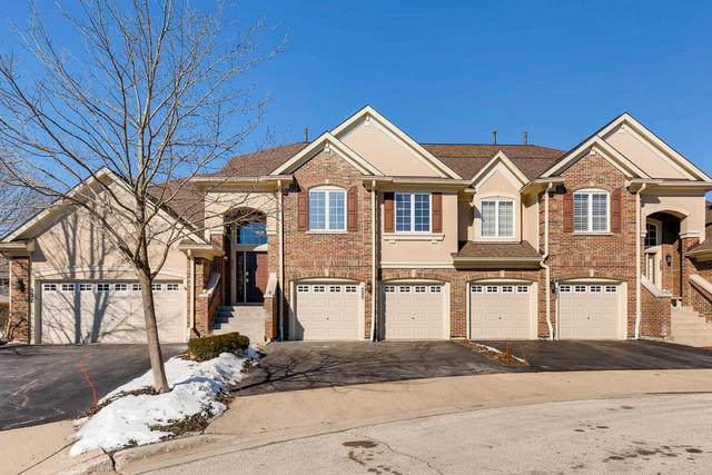 525 Harvey Lake Drive, Vernon Hills, IL 60061 (MLS #10780129) :: Lewke Partners