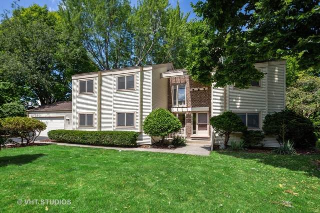 650 Ridgewood Lane, Libertyville, IL 60048 (MLS #10780836) :: John Lyons Real Estate