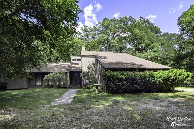 8014 Bull Valley Road, Bull Valley, IL 60098 (MLS #10781544) :: Property Consultants Realty