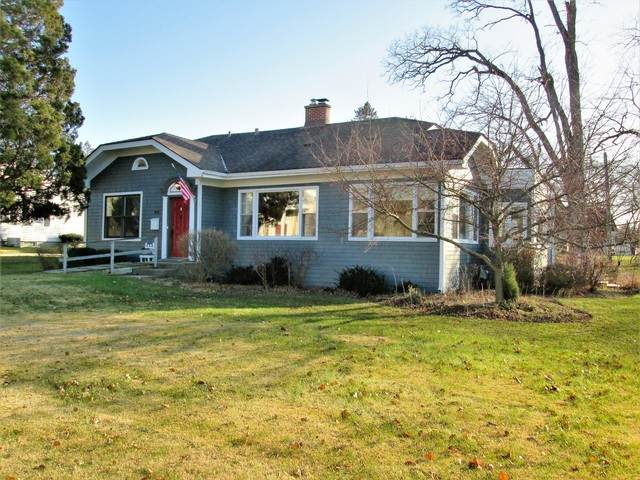 401 Opatrny Drive, Fox River Grove, IL 60021 (MLS #10782234) :: Lewke Partners