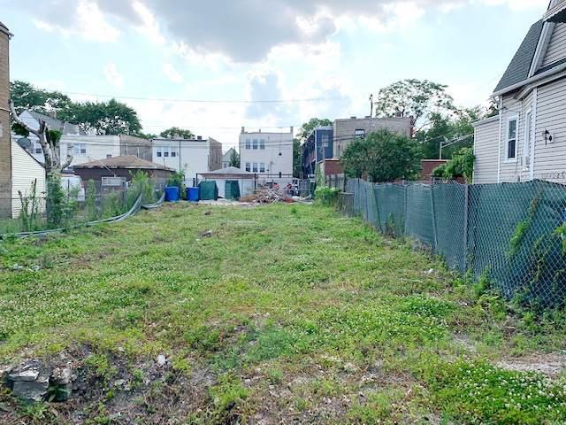 2054 N Pulaski Road, Chicago, IL 60639 (MLS #10782977) :: Angela Walker Homes Real Estate Group