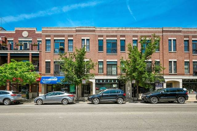 2144 W Roscoe Street 3B, Chicago, IL 60618 (MLS #10784423) :: Angela Walker Homes Real Estate Group