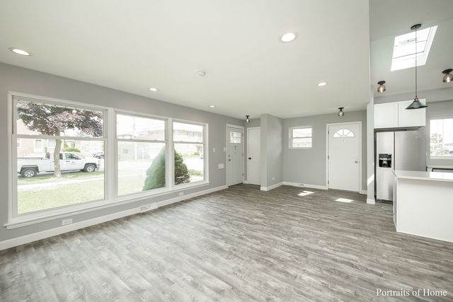 2219 S 3rd Avenue, North Riverside, IL 60546 (MLS #10785355) :: Angela Walker Homes Real Estate Group