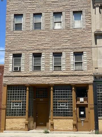 1842 Grand Avenue - Photo 1