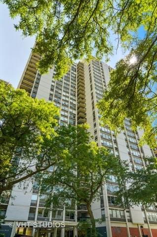 1360 N Sandburg Terrace #1702, Chicago, IL 60610 (MLS #10789214) :: John Lyons Real Estate