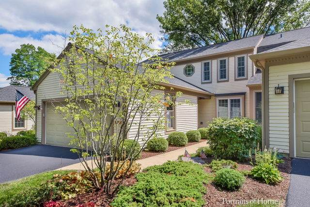 1921 Wexford Circle, Wheaton, IL 60189 (MLS #10790931) :: Littlefield Group