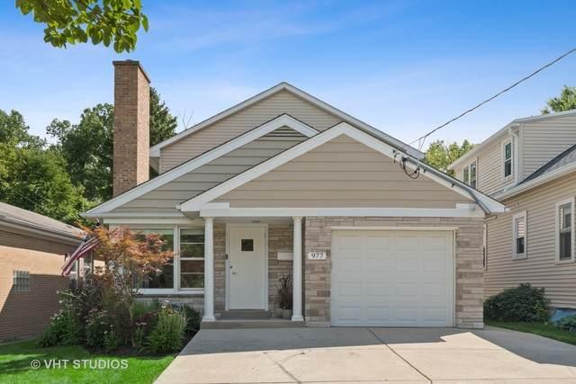 977 Burton Avenue, Highland Park, IL 60035 (MLS #10791541) :: Suburban Life Realty