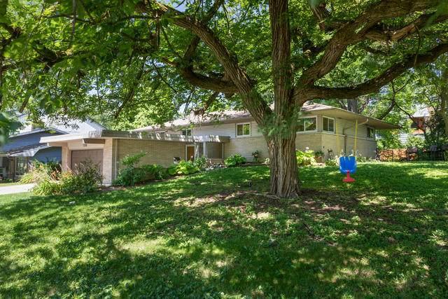 736 Sunset Drive, Naperville, IL 60540 (MLS #10792894) :: John Lyons Real Estate
