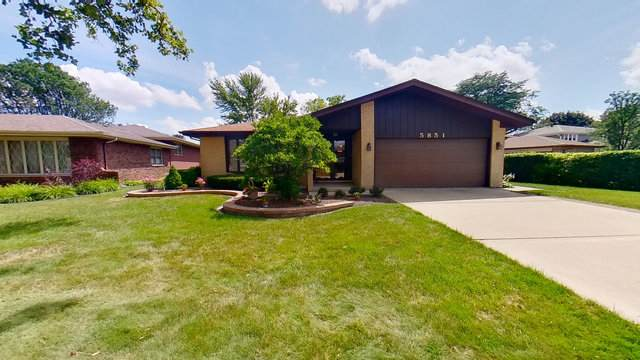 5851 W 124th Place, Alsip, IL 60803 (MLS #10793107) :: Property Consultants Realty