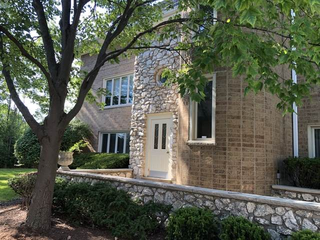 610 Ballantrae Drive C, Northbrook, IL 60062 (MLS #10795596) :: The Spaniak Team
