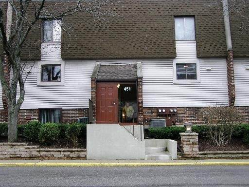 451 Elm Street 2D, Deerfield, IL 60015 (MLS #10796270) :: John Lyons Real Estate