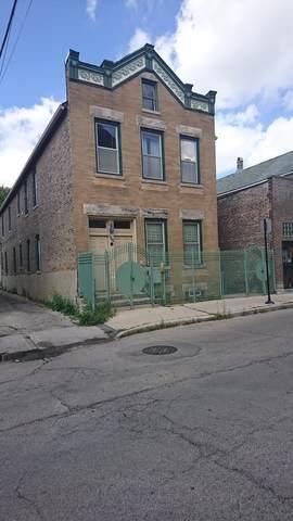 844 33rd Street - Photo 1