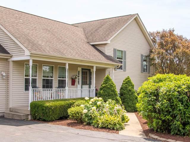 3960 Crabapple Lane, Wonder Lake, IL 60097 (MLS #10797340) :: Jacqui Miller Homes