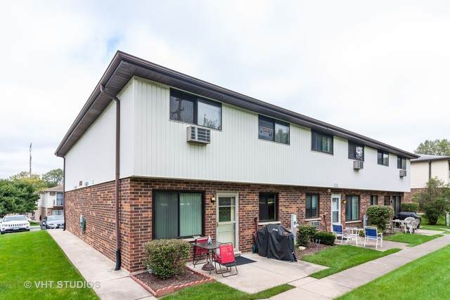 9068 Archer Avenue A, Willow Springs, IL 60480 (MLS #10800182) :: The Wexler Group at Keller Williams Preferred Realty