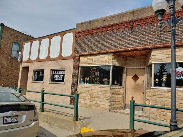 30 E Grand Avenue, Fox Lake, IL 60020 (MLS #10800209) :: John Lyons Real Estate