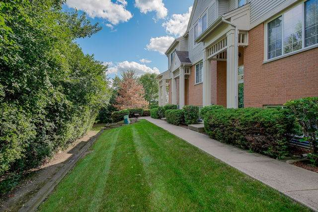 2149 W Concord Lane #2149, Addison, IL 60101 (MLS #10800874) :: John Lyons Real Estate