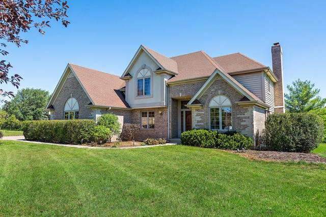 1493 Countryside Lane, Long Grove, IL 60047 (MLS #10803737) :: Littlefield Group