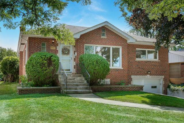 3917 Forest Avenue, Western Springs, IL 60558 (MLS #10803952) :: The Wexler Group at Keller Williams Preferred Realty