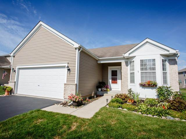 1771 Roger Road, Woodstock, IL 60098 (MLS #10804034) :: Janet Jurich