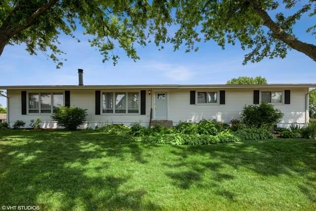 5808 Marietta Drive, Crystal Lake, IL 60014 (MLS #10804616) :: Suburban Life Realty