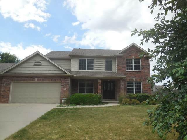 8 Deerfield Court, Bloomington, IL 61705 (MLS #10804917) :: BN Homes Group