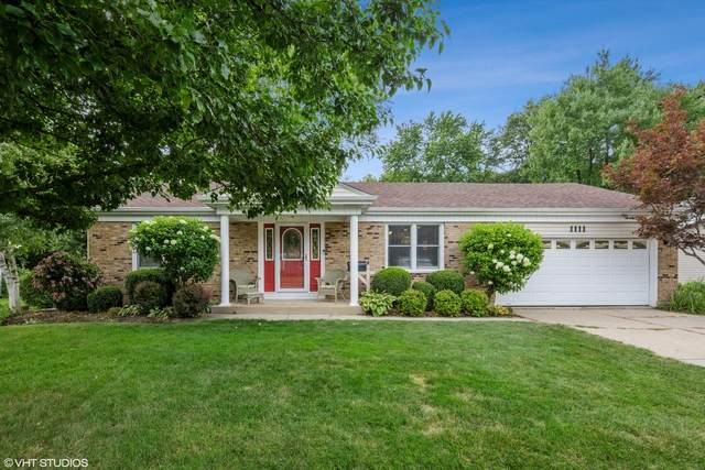 1111 N Oakwood Drive, Mchenry, IL 60050 (MLS #10804970) :: Ryan Dallas Real Estate