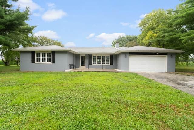 2900 E Spruce Drive, Crete, IL 60417 (MLS #10805210) :: Angela Walker Homes Real Estate Group