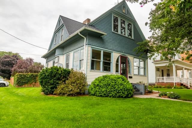 1222 Burlington Street, Mendota, IL 61342 (MLS #10805926) :: Angela Walker Homes Real Estate Group