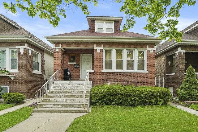 1611 S 50th Avenue, Cicero, IL 60804 (MLS #10805989) :: Property Consultants Realty