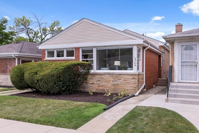 6304 N Drake Avenue, Chicago, IL 60659 (MLS #10806035) :: Angela Walker Homes Real Estate Group