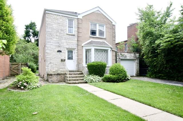 2921 W Farwell Avenue, Chicago, IL 60645 (MLS #10806684) :: Angela Walker Homes Real Estate Group