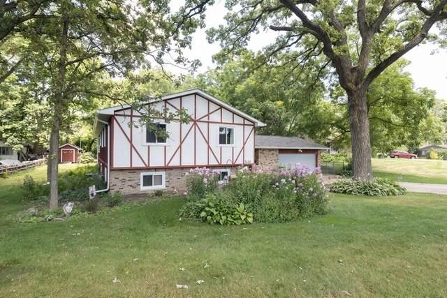 7406 Marlboro Road, Crystal Lake, IL 60012 (MLS #10807443) :: Lewke Partners