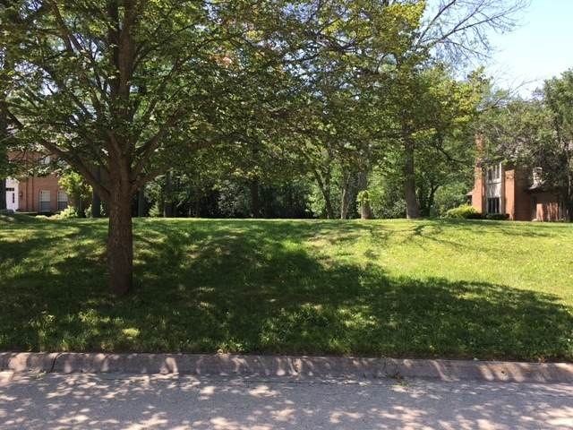 LOT 90 Sir William Lane, Lake Forest, IL 60045 (MLS #10807758) :: Littlefield Group