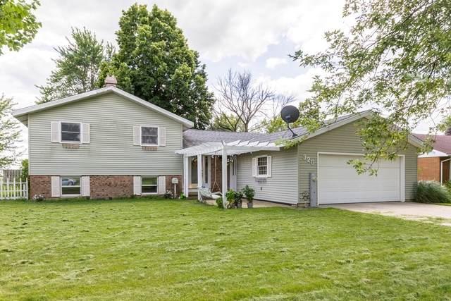 326 E Park Street, Gilman, IL 60938 (MLS #10807905) :: BN Homes Group